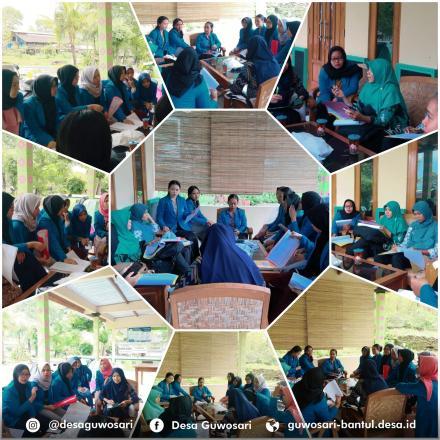 Supervisi Dosen AKBIDYO di Dusun Bungsing